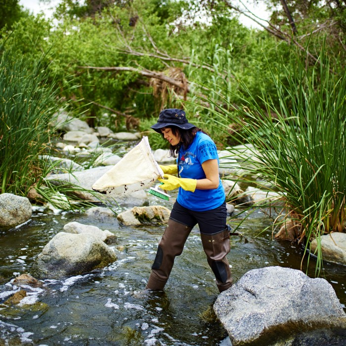 lisa gonzalez walking in LA river for BioSCAN community science