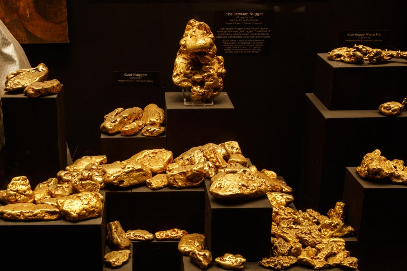 gold nuggets in gem and mineral hall