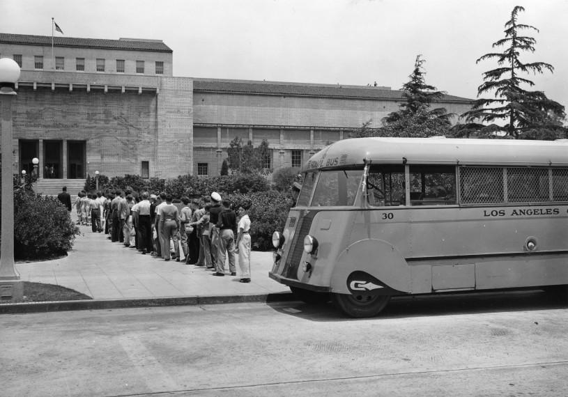 1937 School Bus at NHM