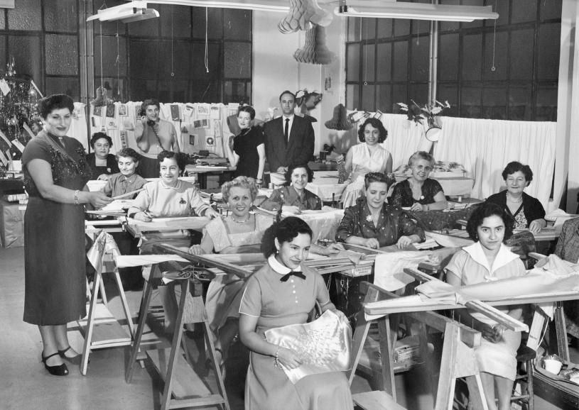 Anna Sardone Scotti Esposito and garment workers